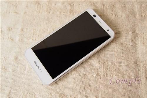 液晶画面がきれいで写真撮影もはかどる富士通androidスマートフォンF-02G