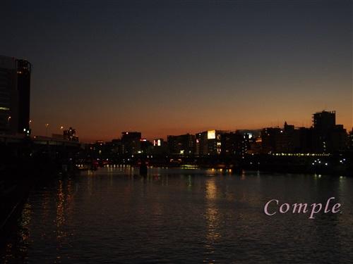 隅田川の夕景