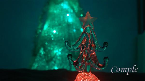 ガラスクリスマスツリー