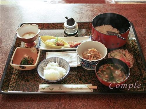 原田屋旅館の朝食