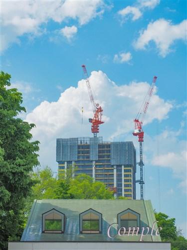 札幌タワークレーン