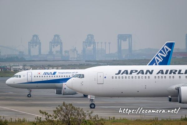 羽田空港の飛行機