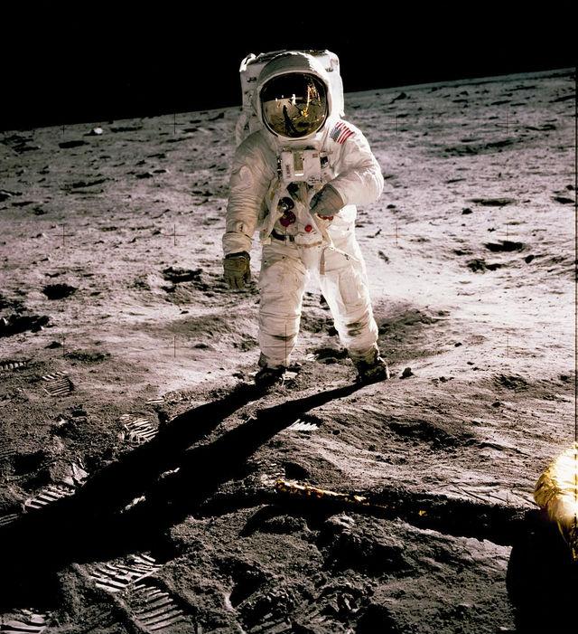 [ボシュー]4月1日 火星への宇宙旅行と風景写真カメラ教室